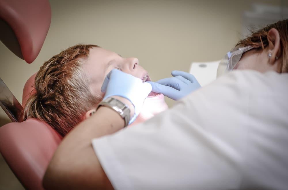 Tartre Dentaire : Comment Prévenir et Lutter Contre la Plaque Dentaire